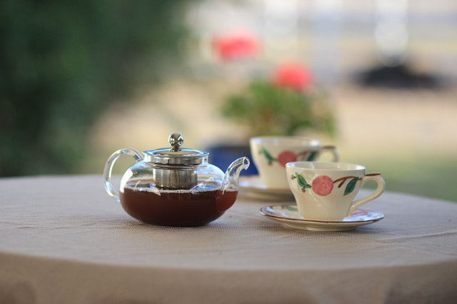 woman's time tea